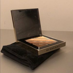 Burberry limited edition eye shadow palette